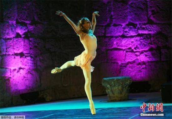丹麦芭蕾舞美女走红 芭蕾舞者:女神般的职业